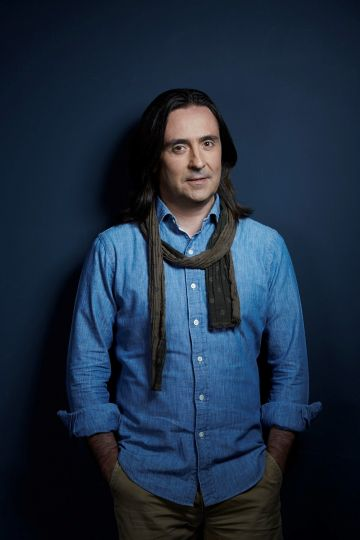 Neil Oliver (SOLD OUT)